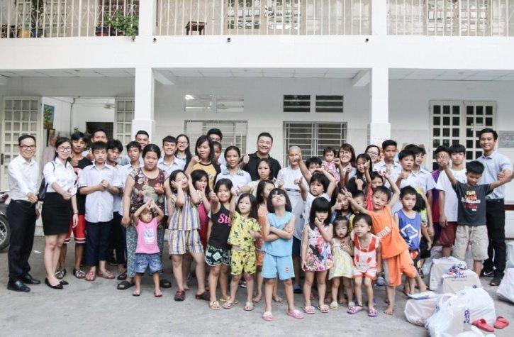 Sharing love and giving compassion at Dieu Giac Pagoda