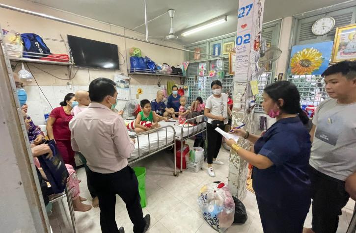 Noel ấm áp yêu thương cho các bệnh nhi tại bệnh viên ung bướu Hồ Chí Minh